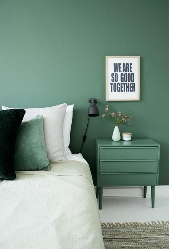 coole-schlafzimmer-wandgestaltung-grüne-Farbe-farbige-Wände