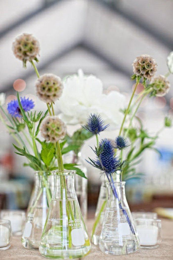 Experimentieren Sie! Die Weingläser als Blumenvasen verwenden – was ...