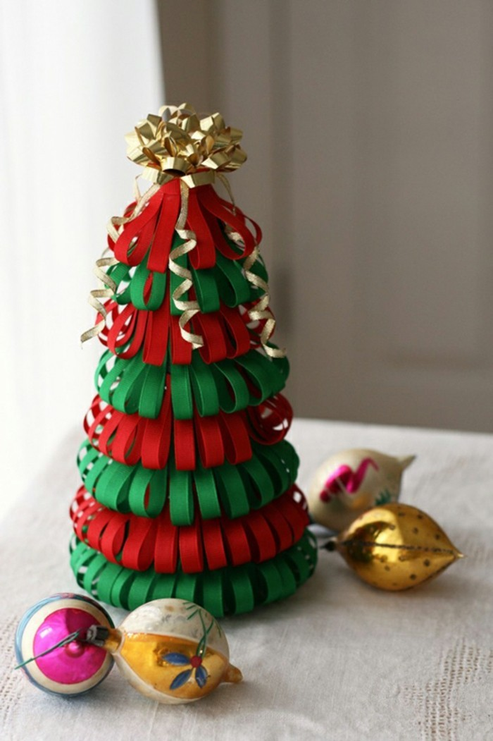 diy-ideen-zum-weihnachten-kreatives-geschenk-tannenbaum-aus-papier