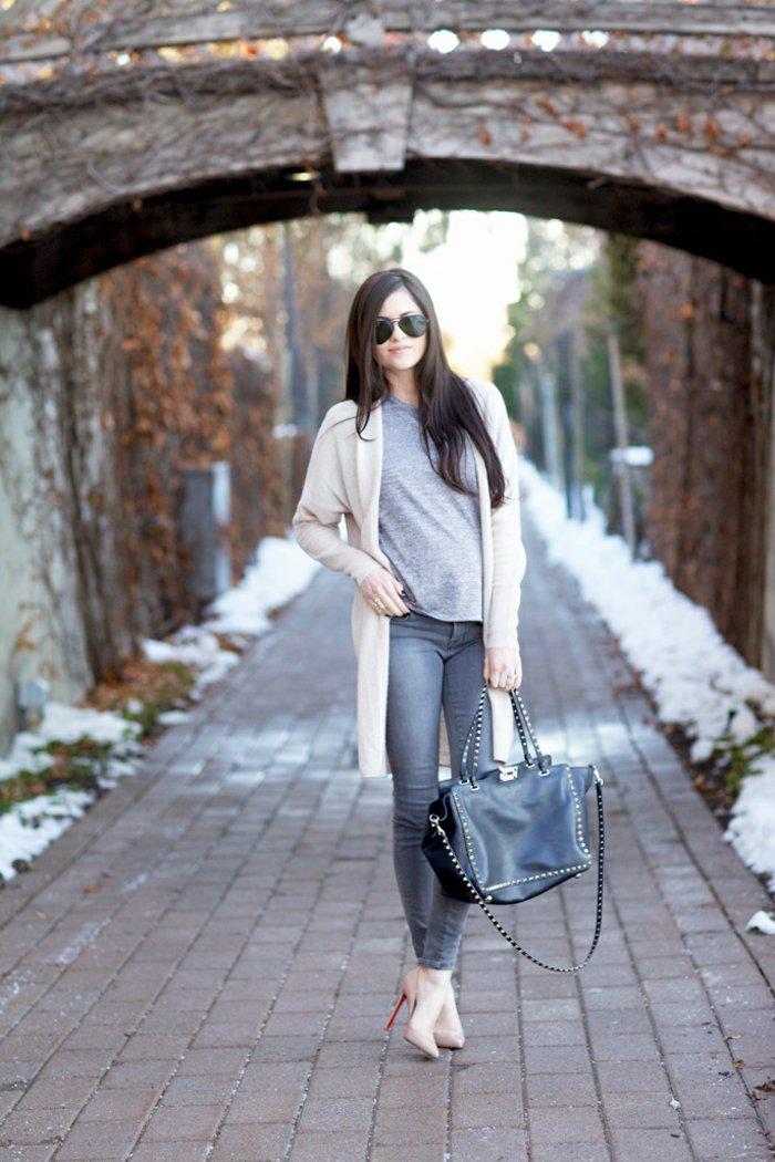 eleganter-Outfit-langer-cardigan-strickjacke-beige