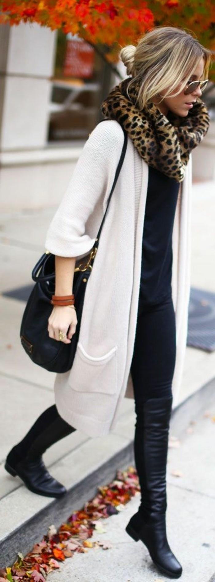 eleganter-Outfit-stilvolle-weiße-strickjacke