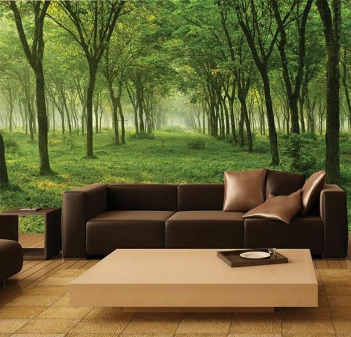 elegantes-Wohnzimmer-malerisches-tapeten-design-grüner-Wald