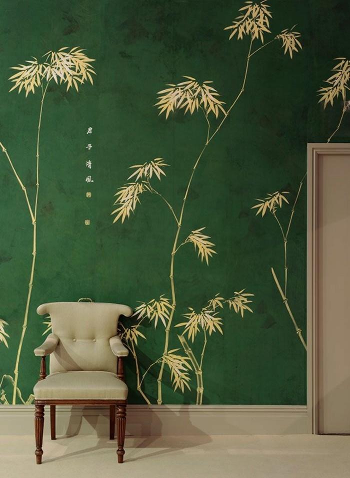 elegantes-tapeten-design-grüner-Hintergrund-beige-Blätter
