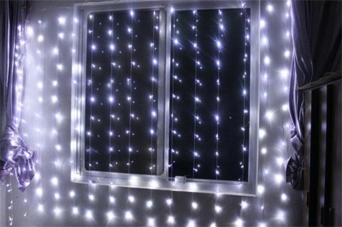 fenster-dekorieren-tolle-ideen-mit-beleuchtung-für-weihnachten