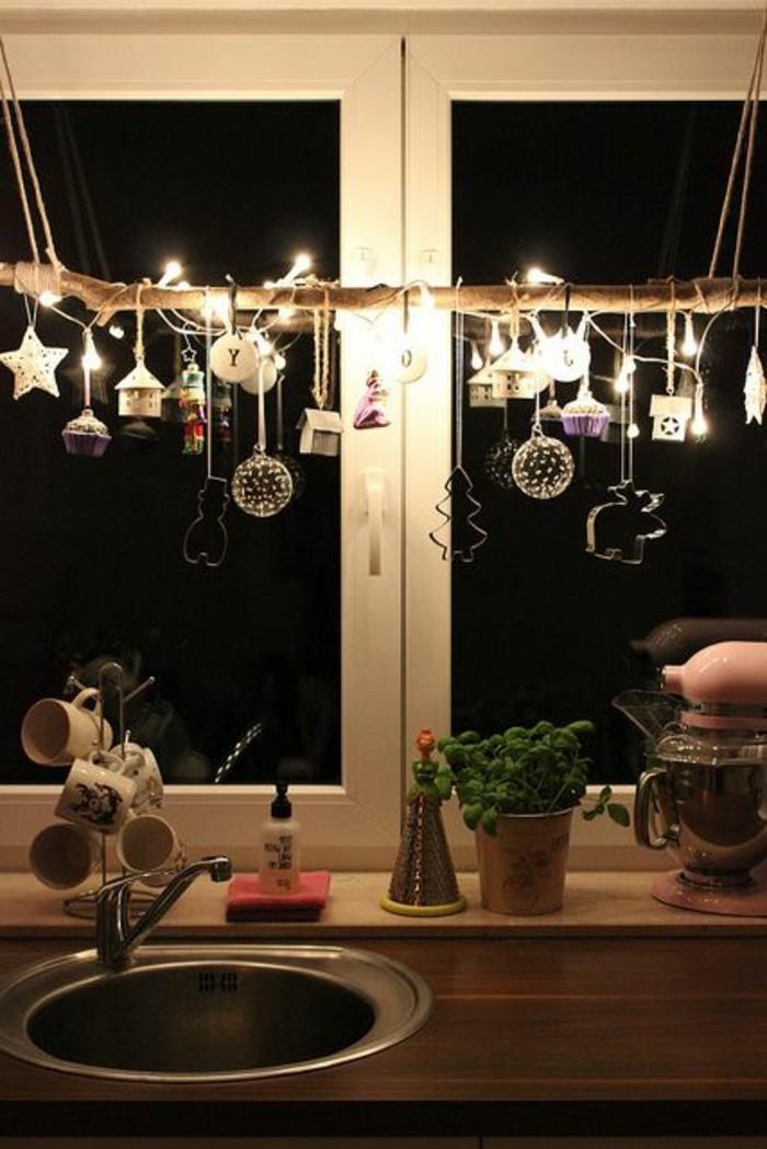 fensterschmuck-weihnachten-hängende-dekoartikel