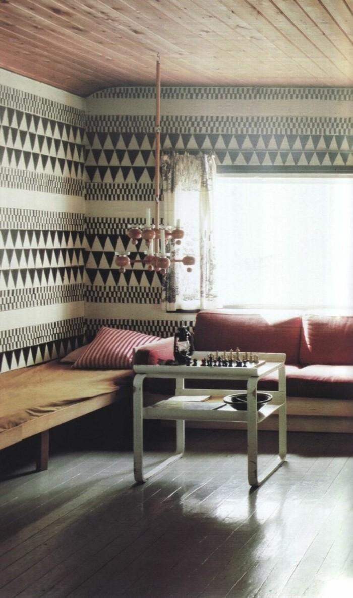 gemütliches-Zimmer-Boho-Stil-schwarz-weiße-tapete-geometrische-Figuren