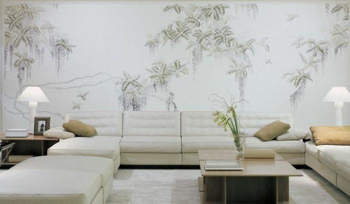 gemütliches-helles-Interieur-große-Sofas-stylische-tapeten-naturales-tapeten-muster