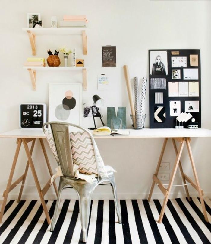 inneneinrichtung-ideen-Einrichtungsideen-fürs-Arbeitszimmer-gestreifter-Teppich