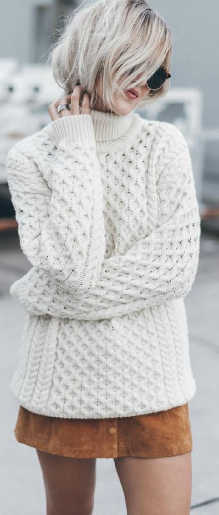 irische-Pullover-Damen-weiß-schönes-Strickmuster