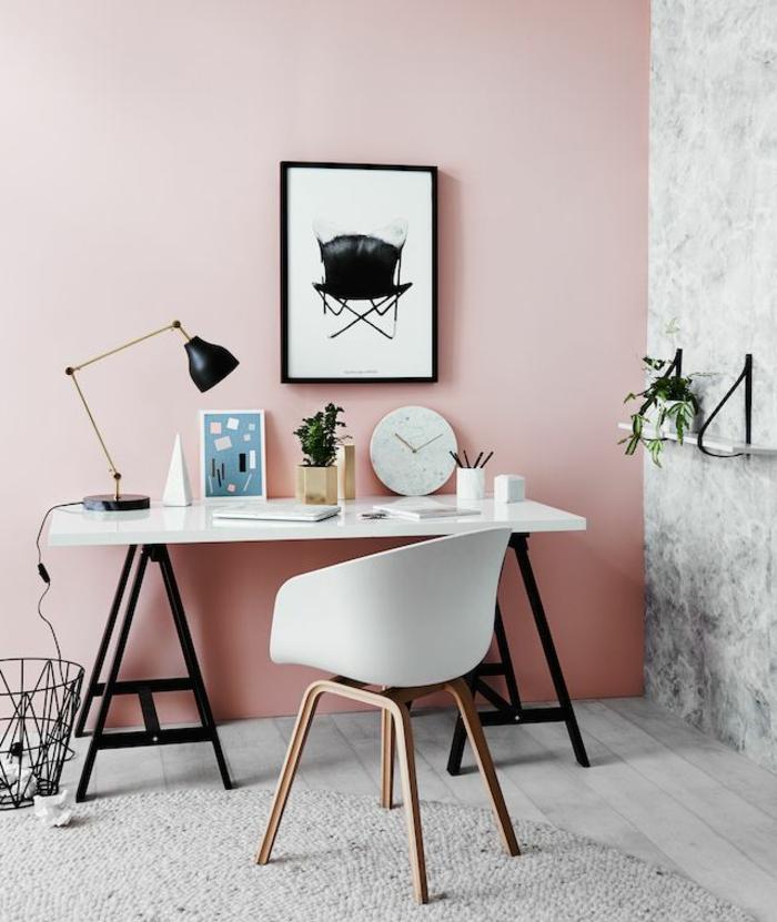 kokette-Einrichtungsideen-fürs-Arbeitszimmer-interessantes-Wandbild