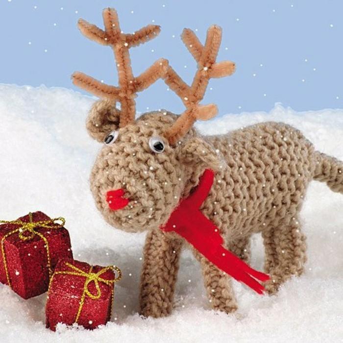 kreative-geschenkideen-zum-weihnachten-zum-selbermachen-damhirsch-selber-stricken