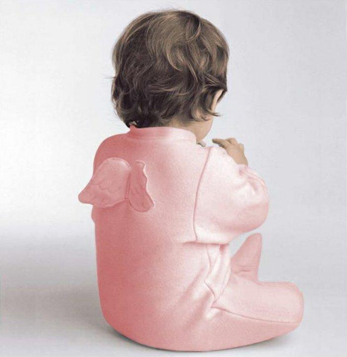 mädchen-pyjama-mit-Engelflügeln-rosa-süßes-Modell