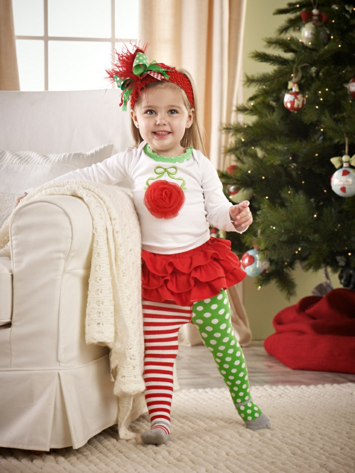 mädchen-schlafanzug-mit-Rock-süßes-kokettes-Modell