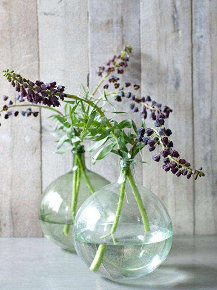 mit-vasen-dekorieren-kugelförmige-blumenvasen-glas