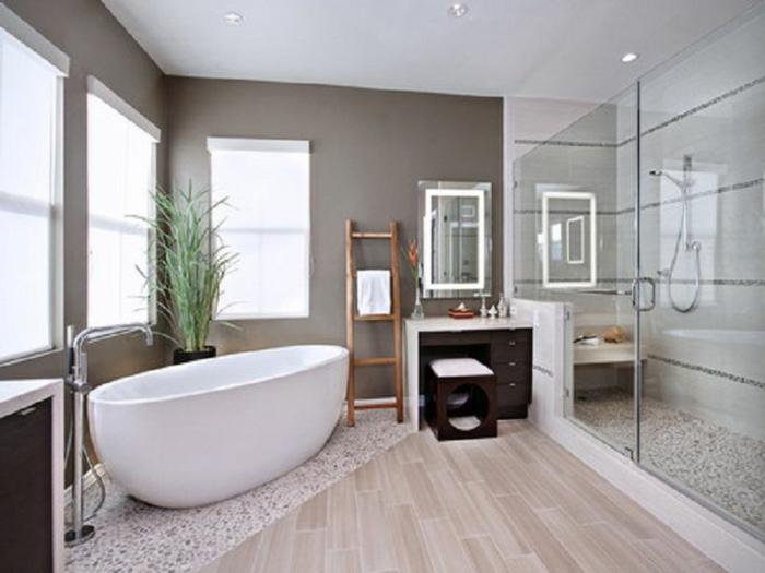 modernes-Bad-Duschkabine-badewanne-freistehend-oval