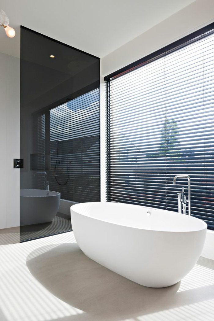 modernes-Badezimmer-Design-ovale-Badewanne