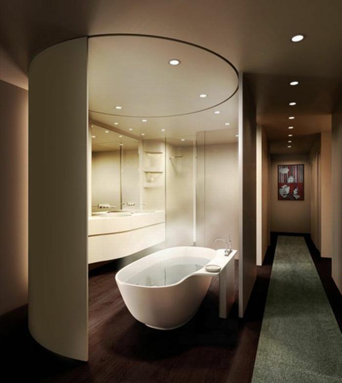 Schönes modernes bad einrichten weiße badewanne