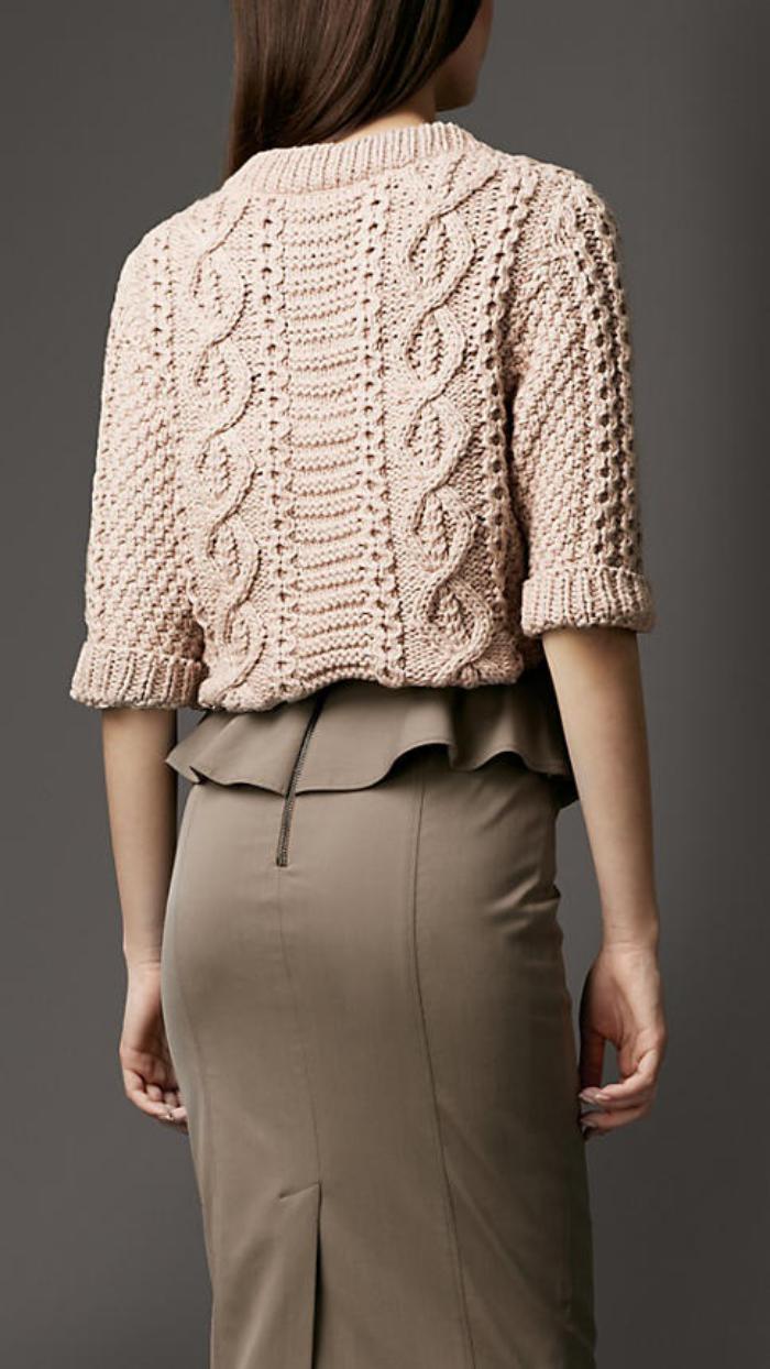 pullover-wolle-damen-beige-Zopfen-Muster-Abendkleid