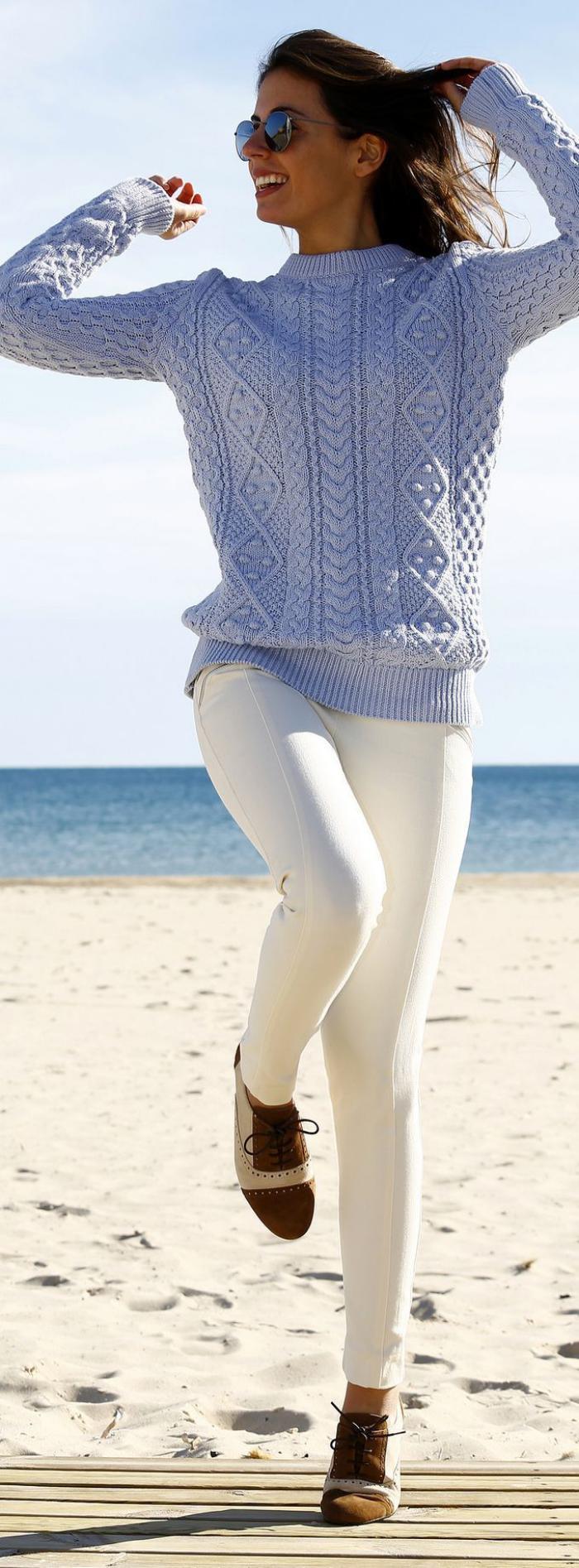 pullover-wolle-damen-blau-Zopfen-Muster-irische-Pullover