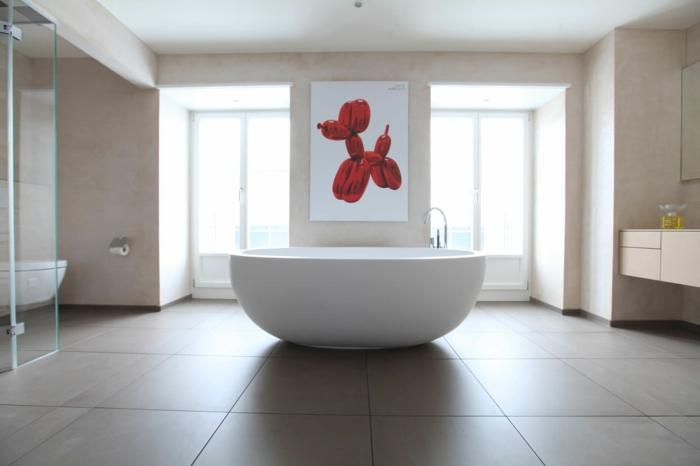 räumliches-Bad-freistehende-ovale-badewanne-attraktives-Wandbild