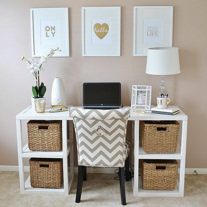 süße-inneneinrichtung-ideen-fürs-Arbeitszimmer-Wandbilder-goldene-Akzente