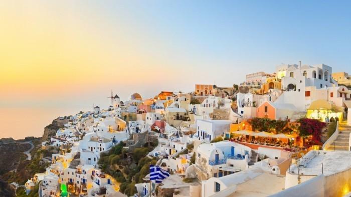 santorini-Griechenland-Insel-top-urlaubsziele-städtetrips-europa