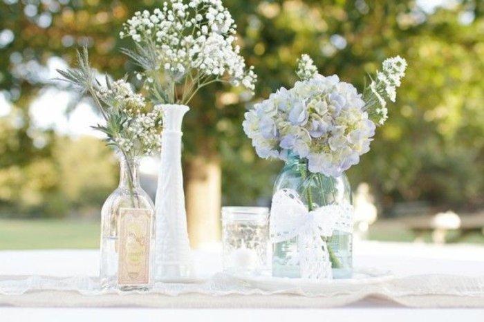 schöne-Tischdekoration-deko-vasen-blumenvasen-glas