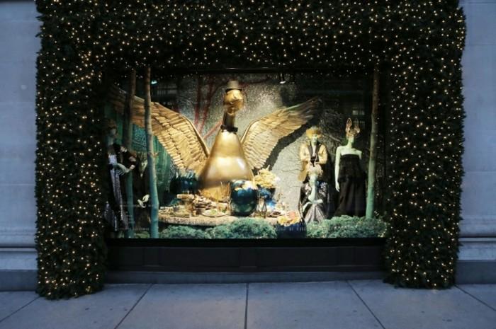 schöne-fensterdekoration-zum-weihnachten-originelle-idee-super-schaufenster
