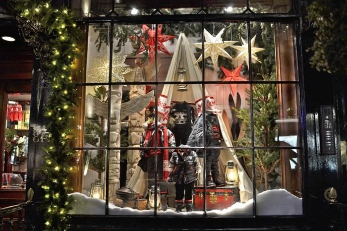 schöne-fensterdekoration-zum-weihnachten-shaufenster-design