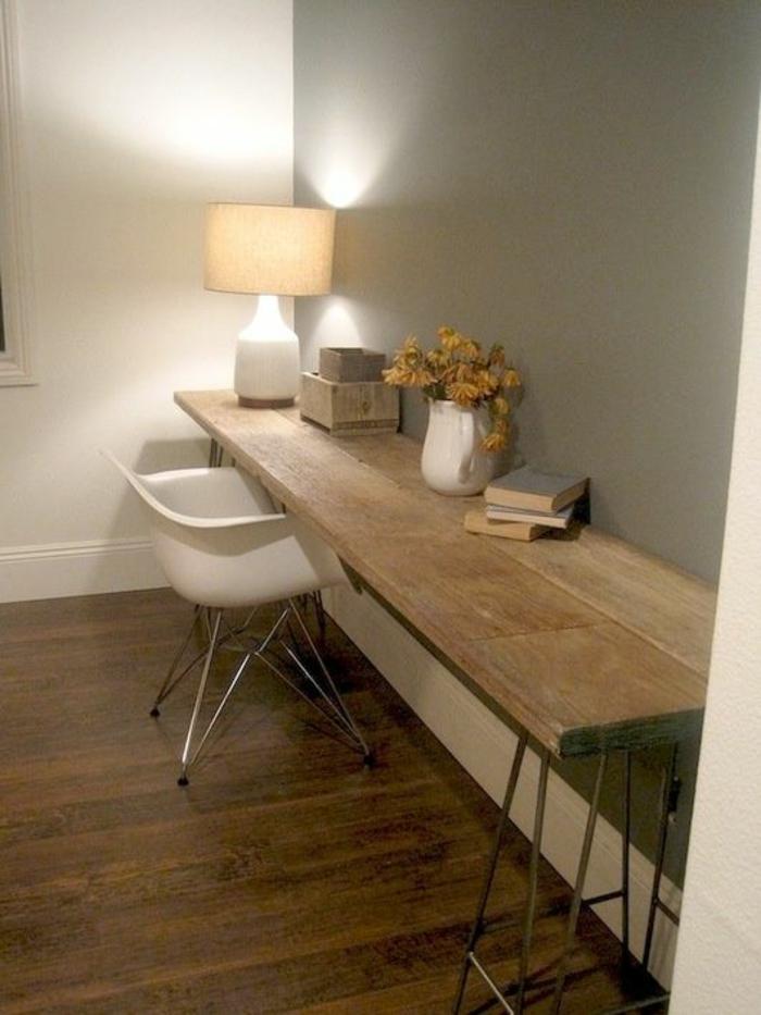 schöne-wohnideen-fürs-Arbeitszimmer-schlichtes-Interieur-rustikaler-Schreibtisch