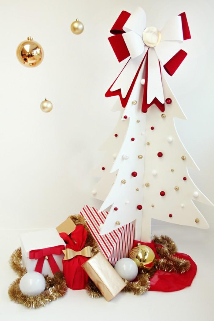 selbstgemachte-weihnachtsgeschenke-unikale-gestaltung-mit-einem-weißen-weihnachtsbaum