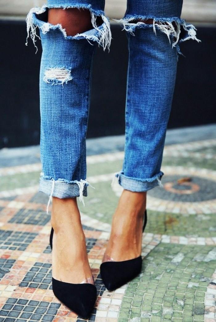 skinny-jeans-damen-zerrissene-Jeans