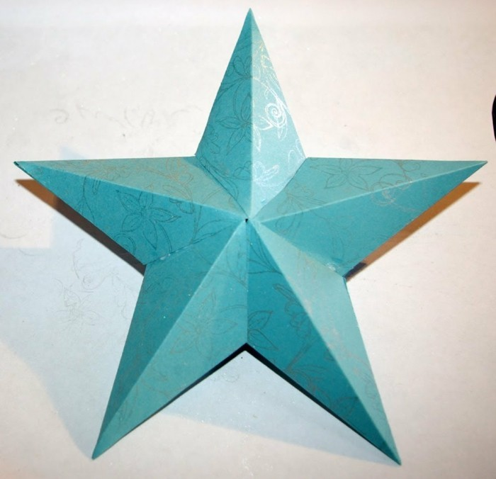 sterne-falten-aus-papier-tolles-blaues-modell