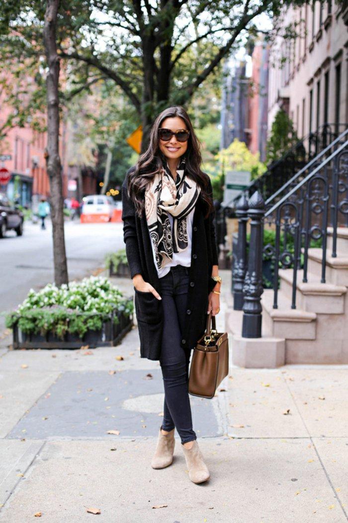 strickjacke-schwarz-strickmantel-lang-elegantes-Halstuch