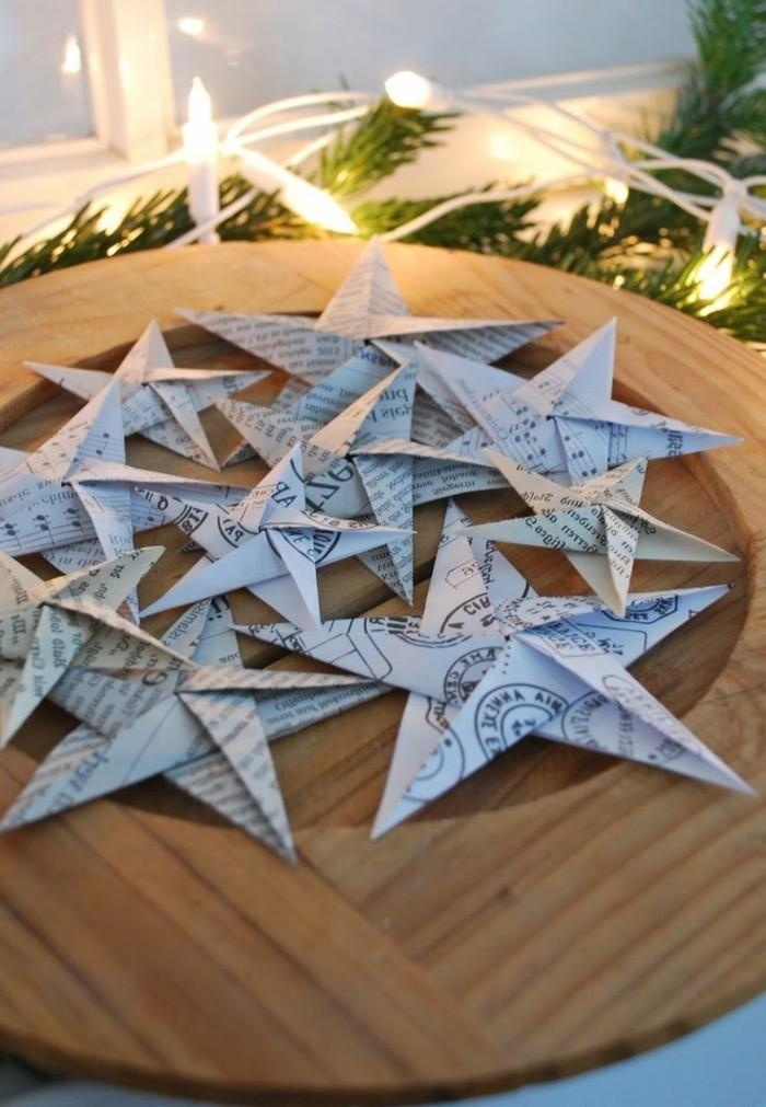 tolles-weihnachtsbasteln-interessante-sterne-auf-dem-tisch