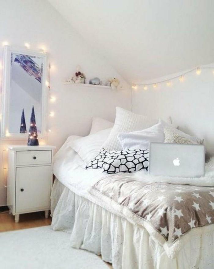 partylichterketten schm cken und erfrischen das wei e schlafzimmer