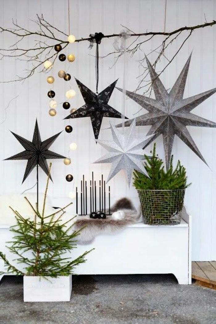 weihnachts-fensterbilder-interessante-hängende-sterne-in-silbernen-nuancen