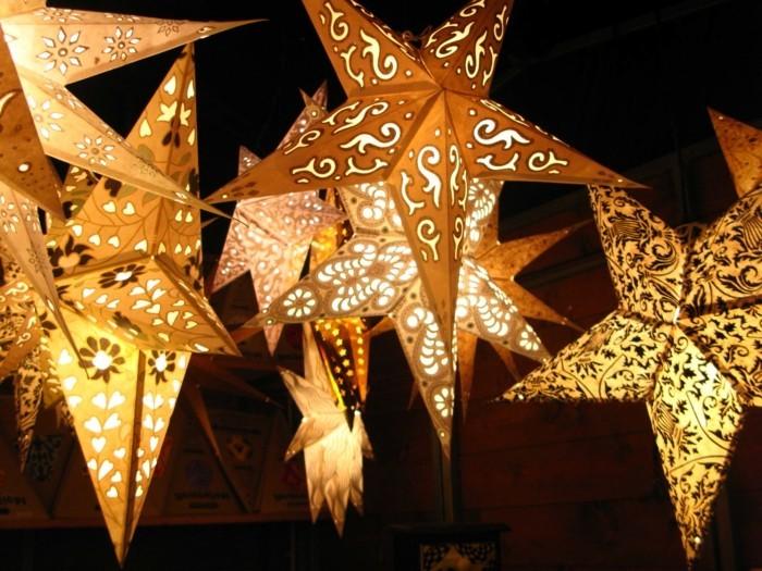 Kreative Weihnachtsdeko : Rot ist ein Muss, wenn es um traditionelle ...