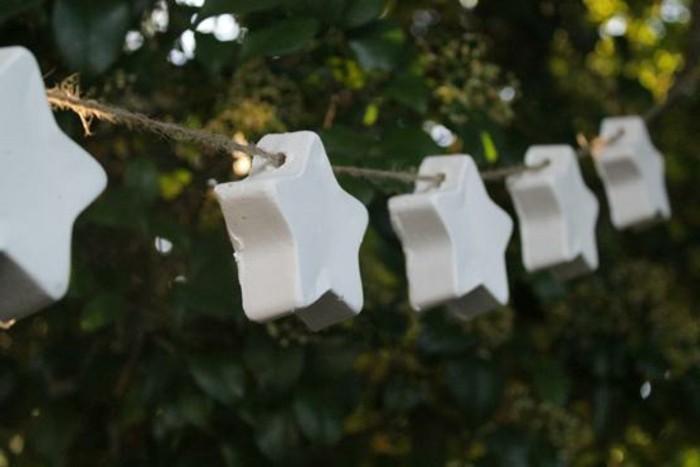weihnachtsbasteleien-sehr-tolle-modelle-weiße-ausstattung