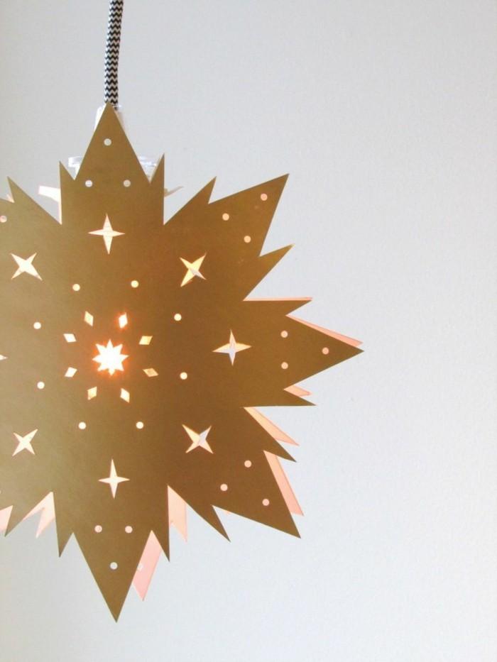 weihnachtsbastelideen-unikales-design-hängendes-stern-aus-papier