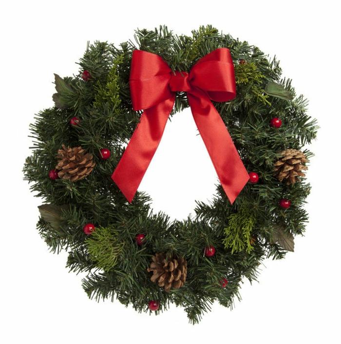 weihnachtsdeko-selber-machen-schöner-adventskranz