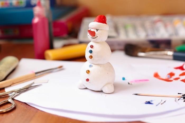 weihnachtsgeschenke-selber-basteln-cooler-kleiner-schneemann