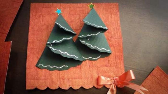 weihnachtsgeschenke-selber-basteln-moderne-weihnachtskarte-mit-tannenbäumen