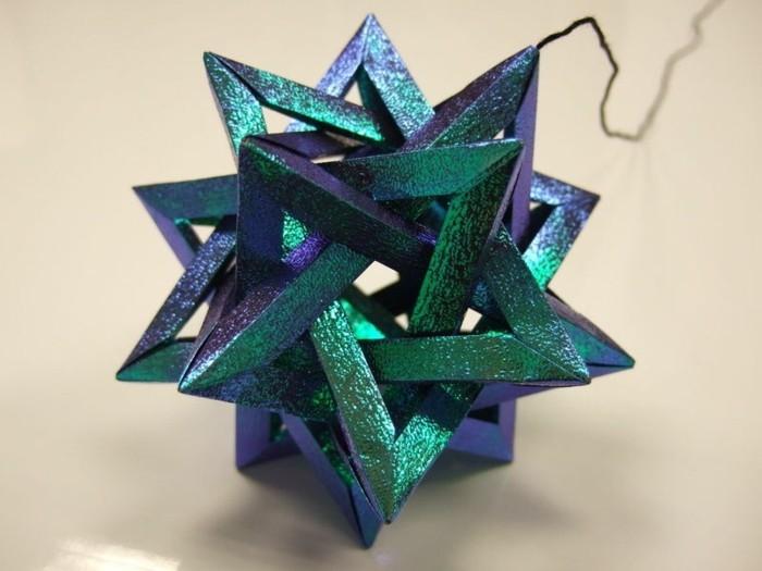 weihnachtssterne-basteln-tolles-modell-in-blau-3d