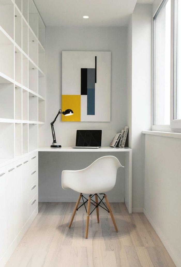 wohnung-einrichten-tipps-für-schlichtes-Arbeitszimmer-alles-in-Weiß-minimalistische-Einrichtung