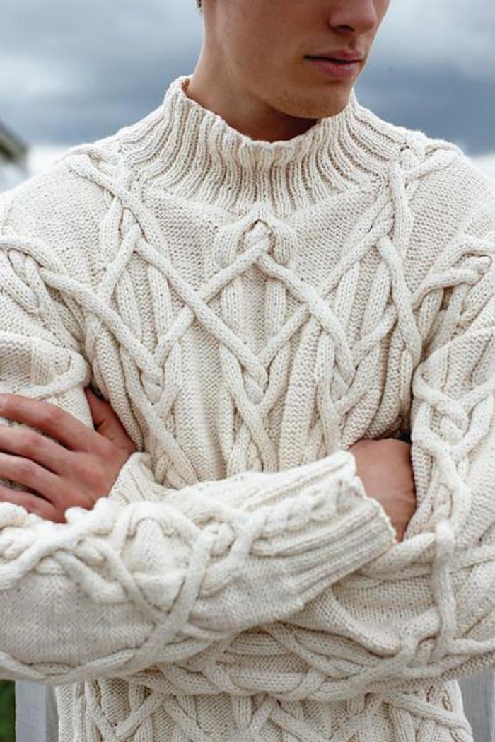 wollpullover-für-Herren-irische-strickmuster-beige-Farbe