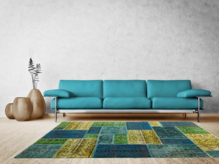 wunderschöne-Wohnzimmer-Gestaltung-bunter-teppich-wohnzimmer-Aqua-Nuancen