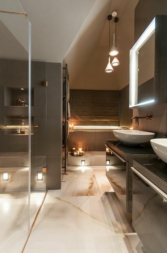 wunderschönes-modell-badezimmer-gestalten-helle-ausstattung