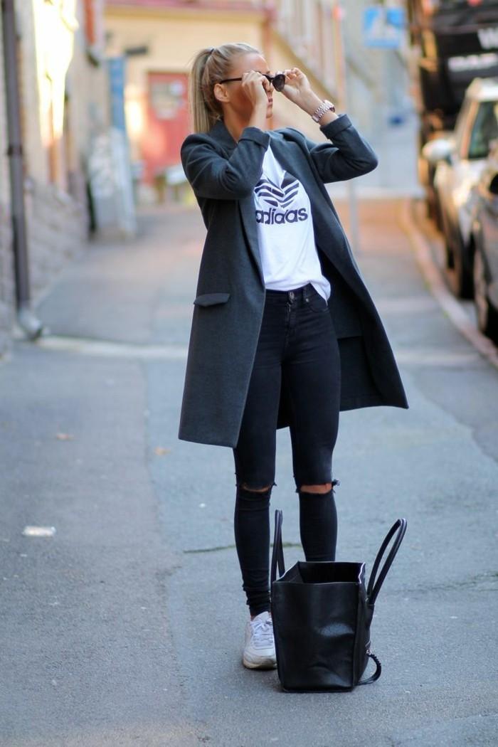 zerrissene-Jeans-schwarze-jeans-aktuelles-Modell