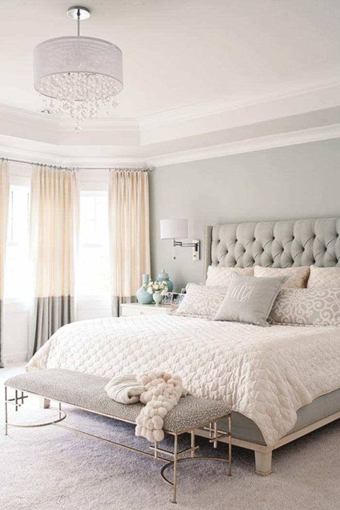 zweifarbige-moderne-gardinen-fürs-Schlafzimmer